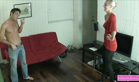 成熟した売春婦は彼女のディルドを持っており、黒人を性交する 女 アニメ エロ