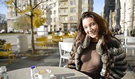 売春婦は、彼女の最愛の夫からのゴム製のボーナーと勃起で自分自身を飾った 女性 向け アニメ h